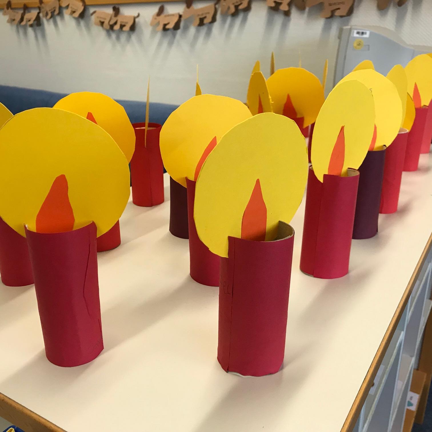 Weihnachtsbasteln 2 Klasse.Decker Hauff Schule